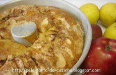 Bolo de maçã e canela