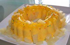 Pudim de gelatinas de ananás