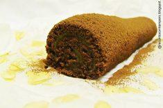 Rolo de chocolate com doce de ovo c/ amêndoa