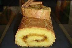 Torta de Amêndoa com doce de ovos e canela