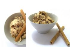 Gelado de baunilha com cookies