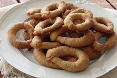 Popias alentejanas são biscoitos com um sabor delicioso muito característico do Alentejo