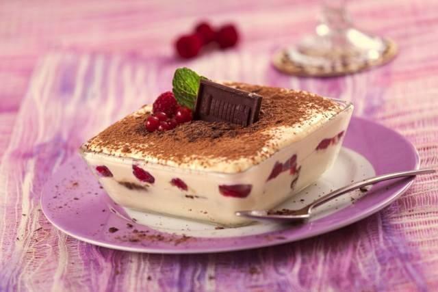 Photo of Tiramisu de frutos vermelhos e chocolate
