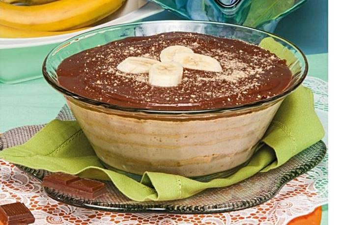 Photo of Mousse de banana com molho de chocolate